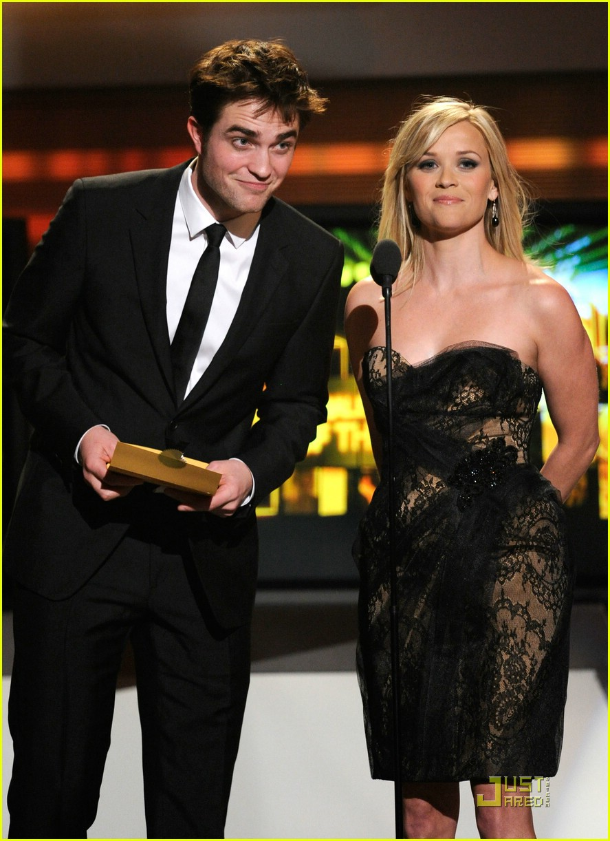 robert pattinson acm awards 05