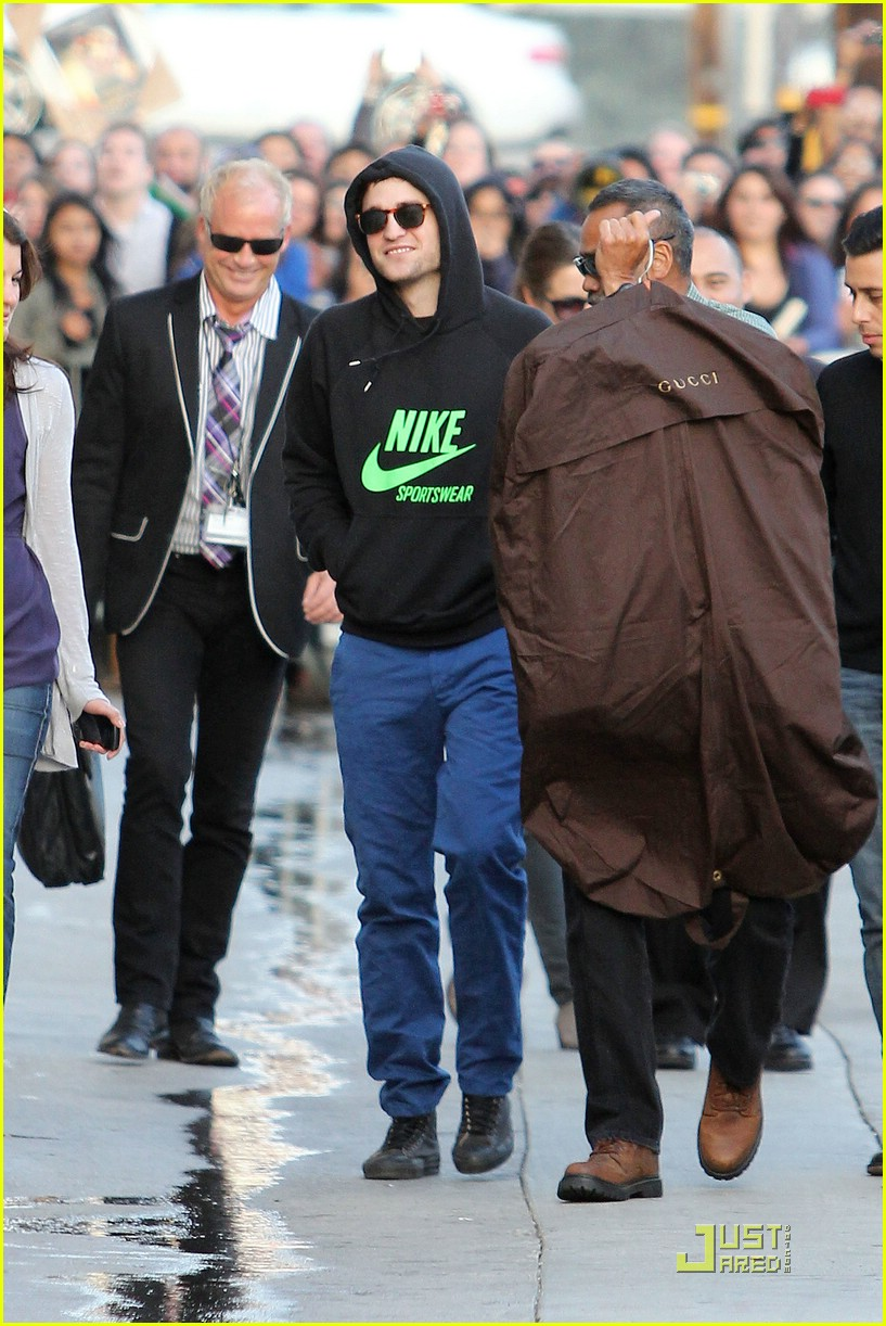 robert pattinson kimmel live 01