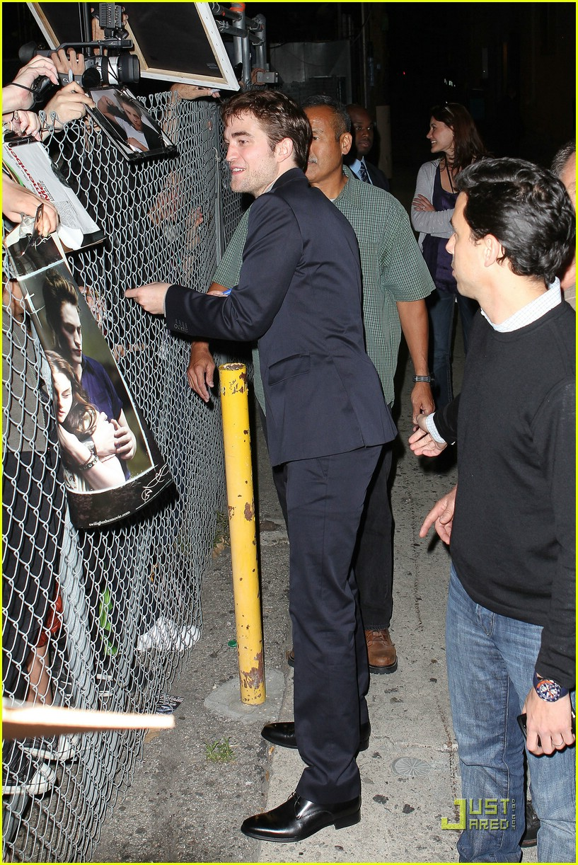 robert pattinson kimmel live 02