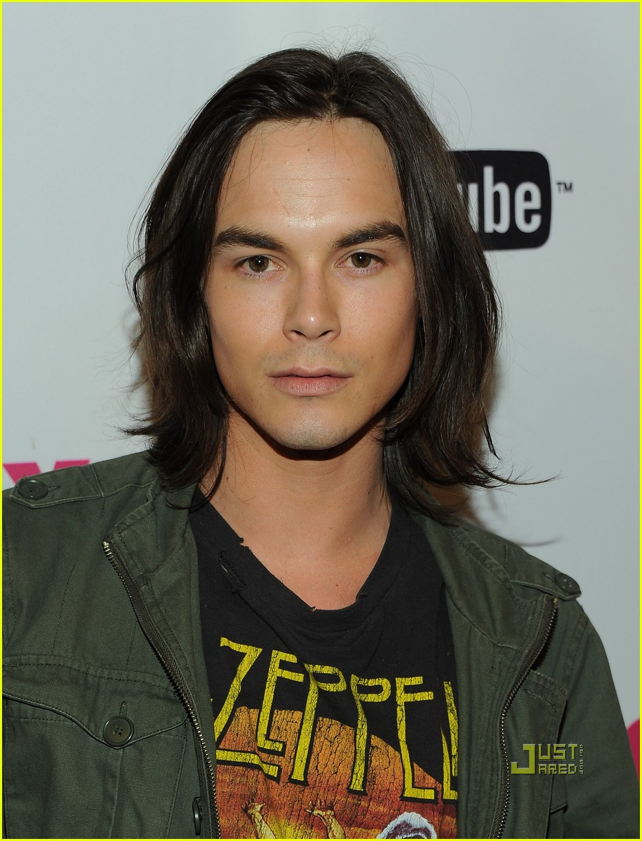 tyler blackburn nylon party 01