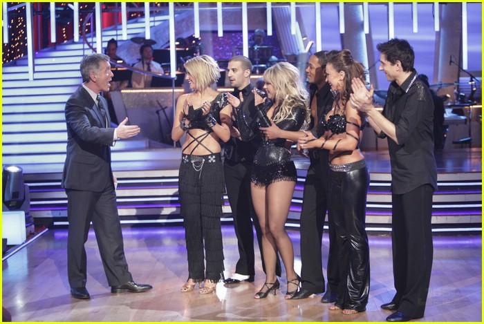 chelsea kane group dance paso 08