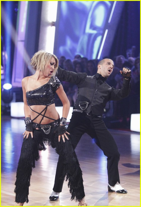 chelsea kane group dance paso 11