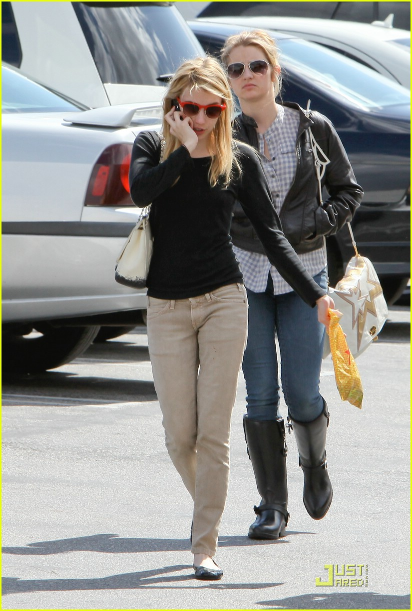 emma roberts parking lot sale 13