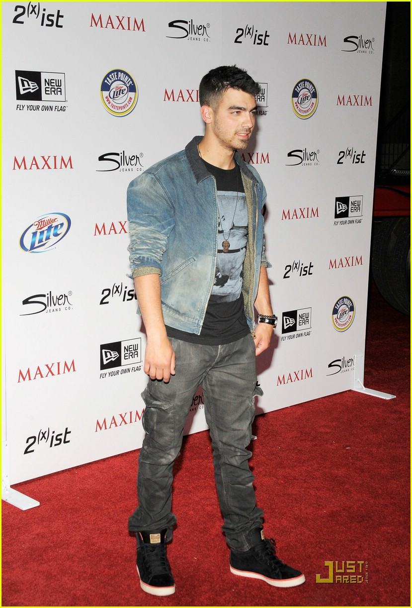 joe jonas maxim hot 100 10