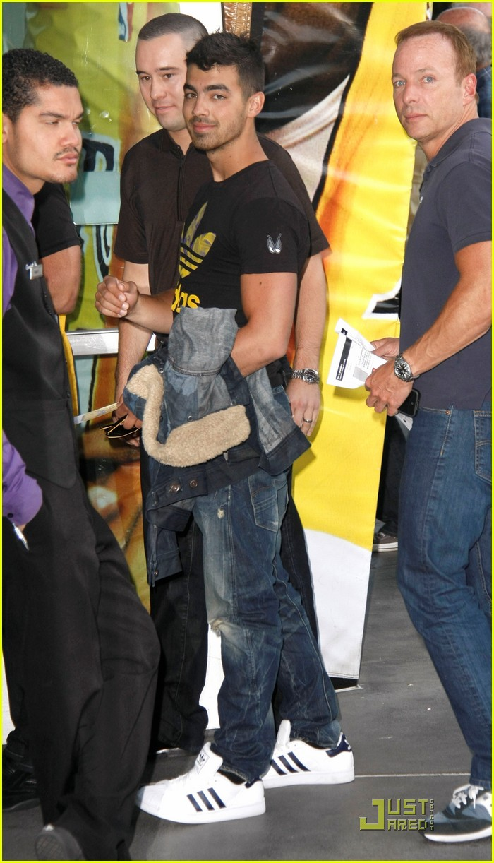 joe jonas lakers game 03