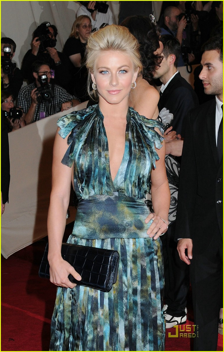 julianne hough met ball 01