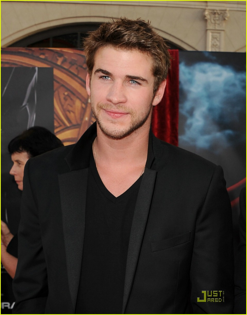 liam hemsworth chris thor 09