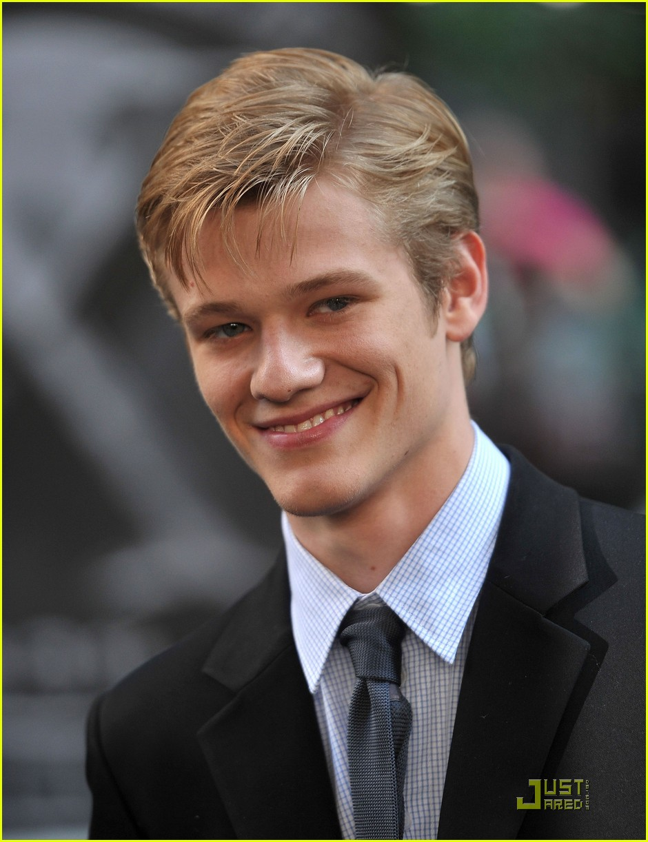 Lucas Till Lucas Till Raises Havok in