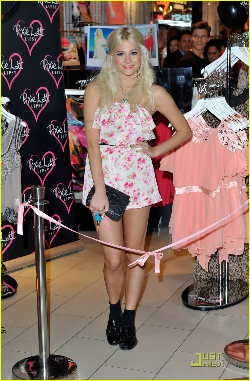 pixie lott launch lipsy party 08