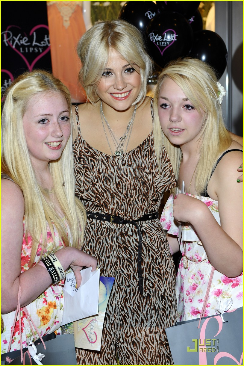pixie lott launch lipsy party 17