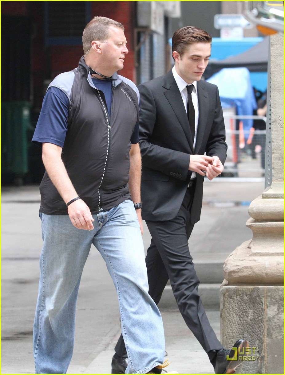 robert pattinson cosmopolis set 09
