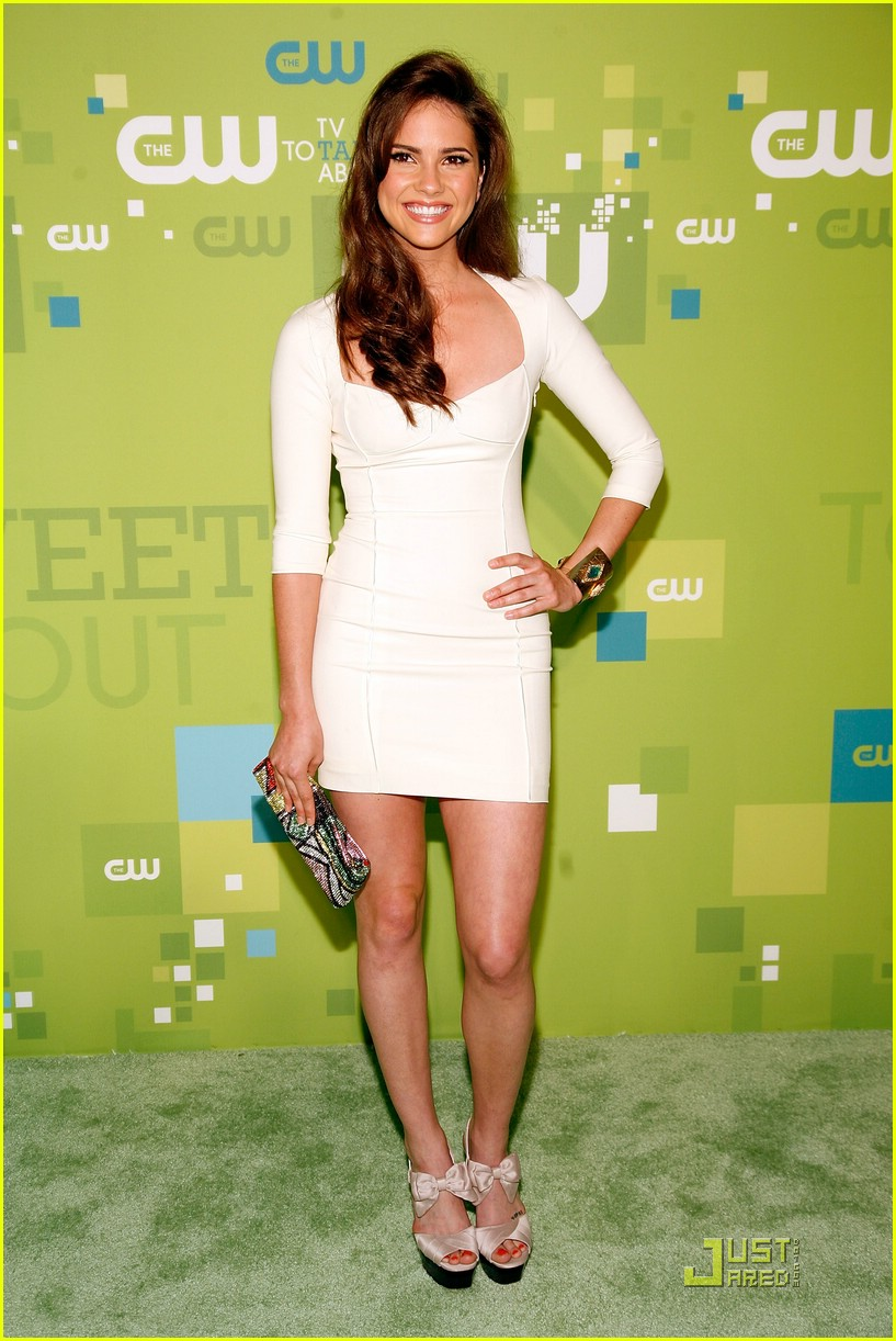 brittany robertson cw upfronts 18