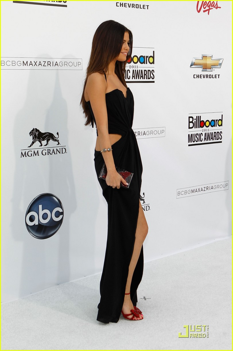 selena gomez billboard awards 01