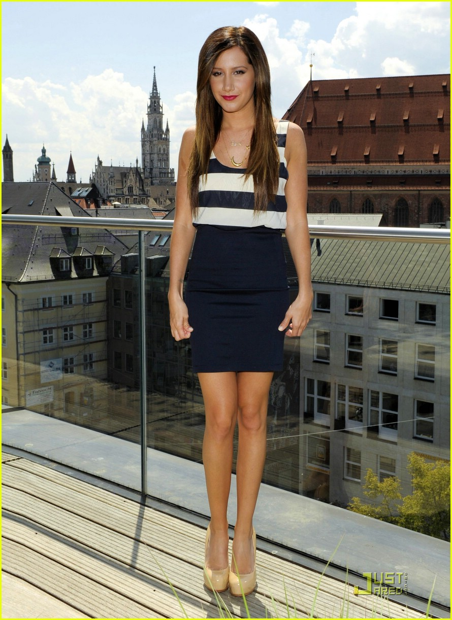 ashley tisdale munich sfa 01