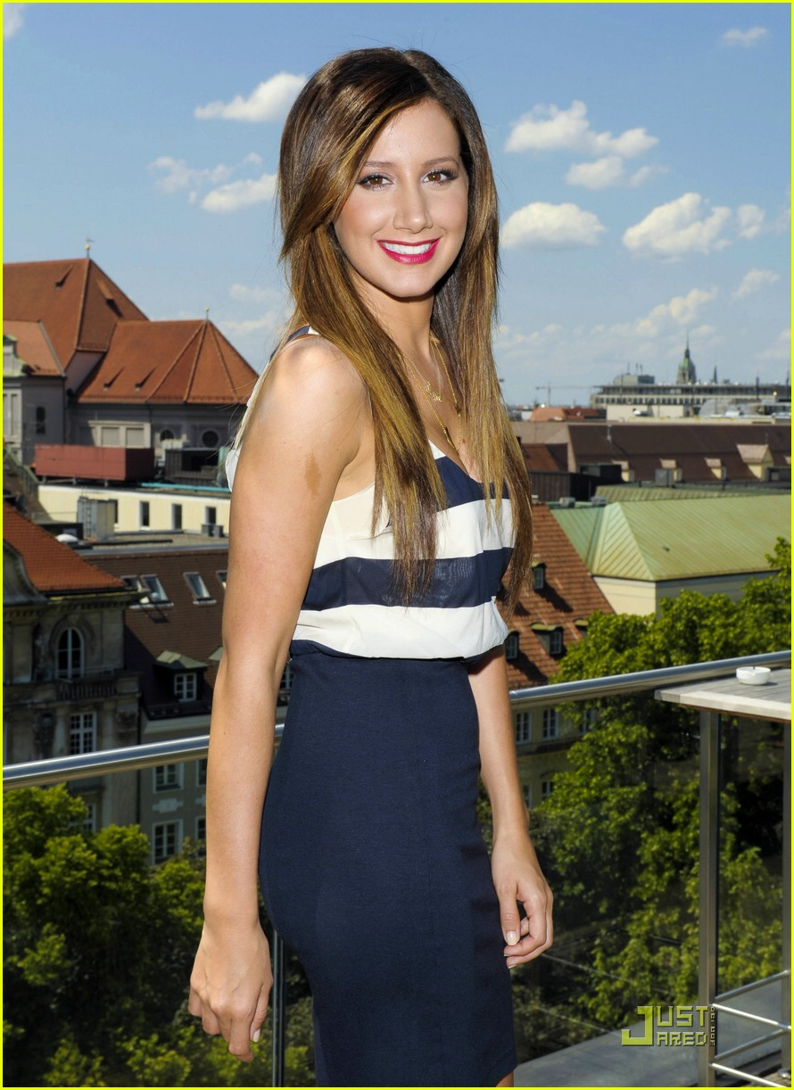 ashley tisdale munich sfa 05