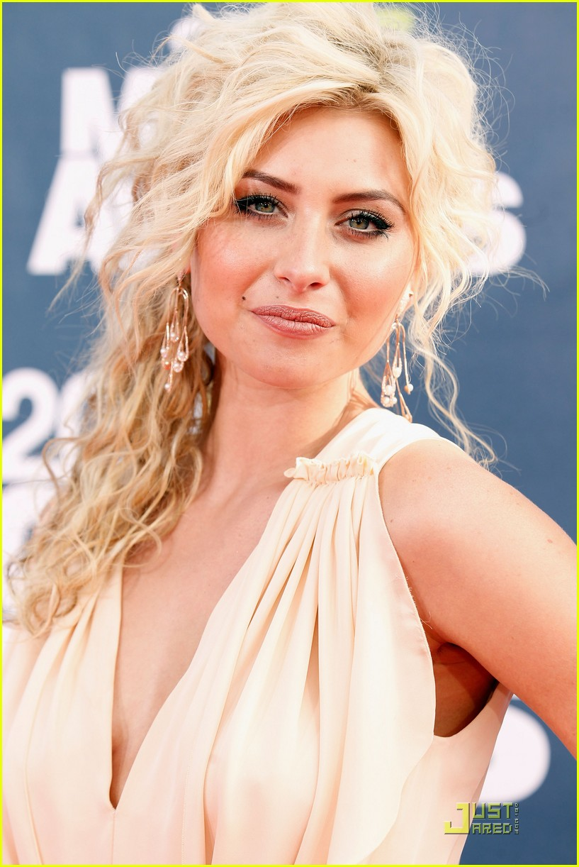 alyson michalka mtv movie awards 05