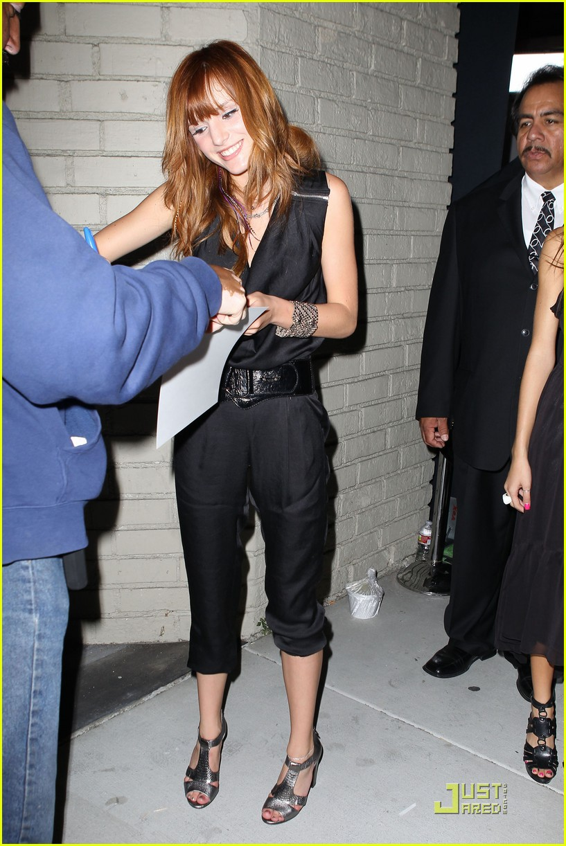 bella thorne htc evo party 15