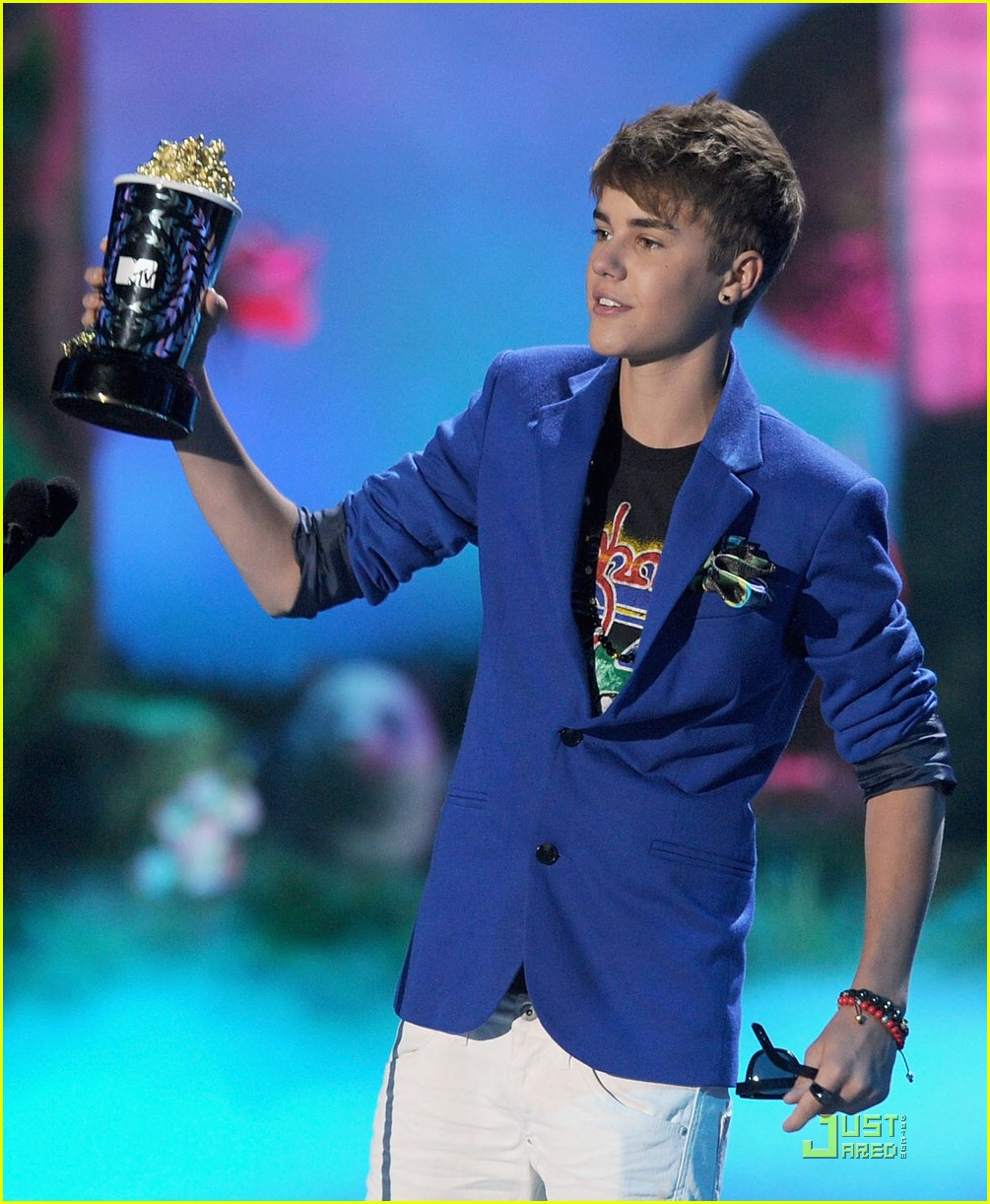 justin bieber mtv awards 03