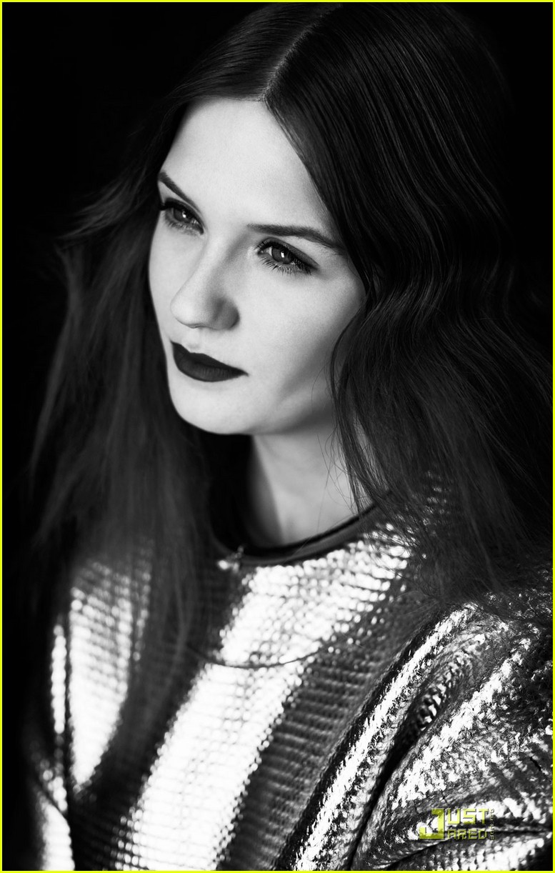 bonnie wright int mag 03