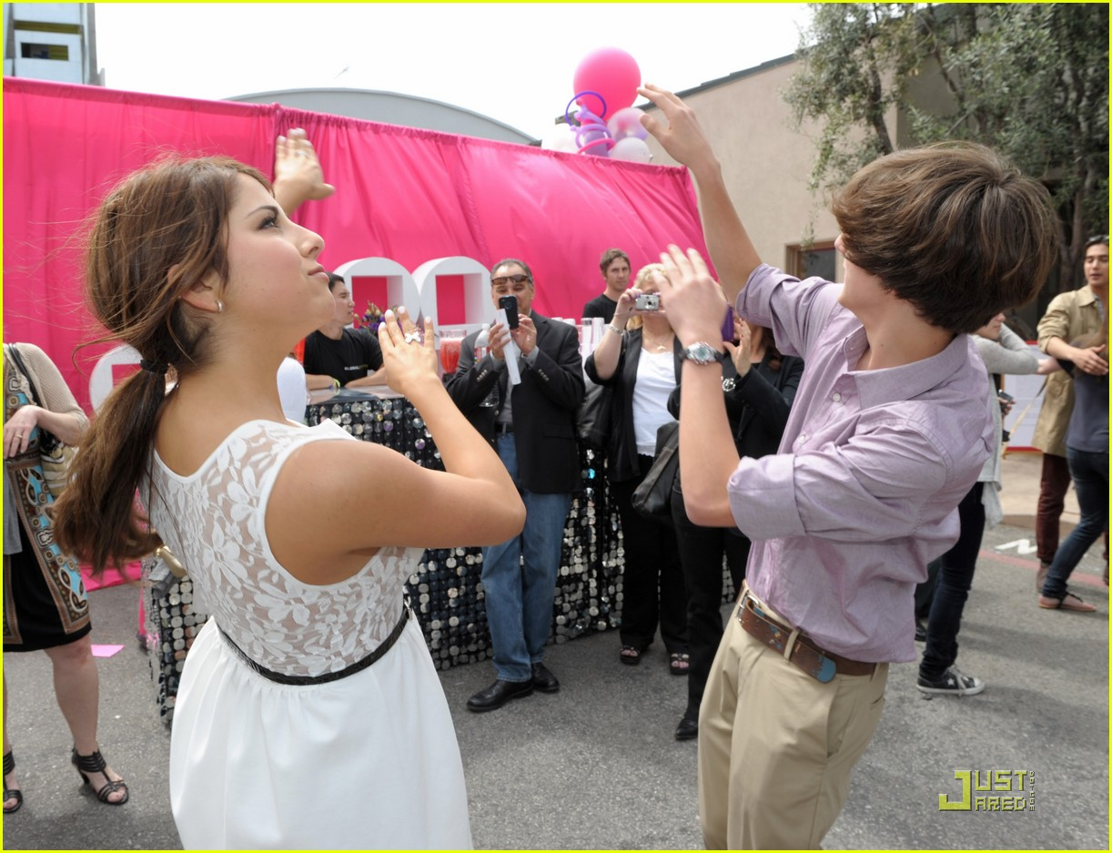 daniella monet iparty victorious 09