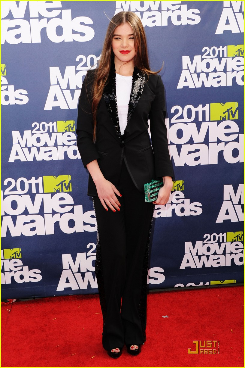 hailee steinfeld mtv movie awards 06