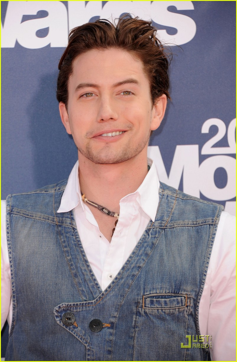 jackson rathbone mtv movie awards 01
