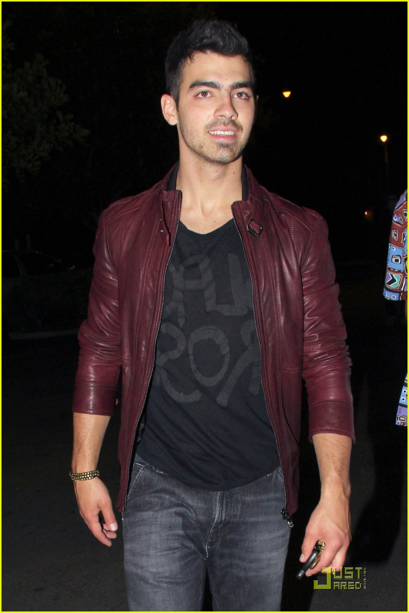 joe jonas pinz party 03
