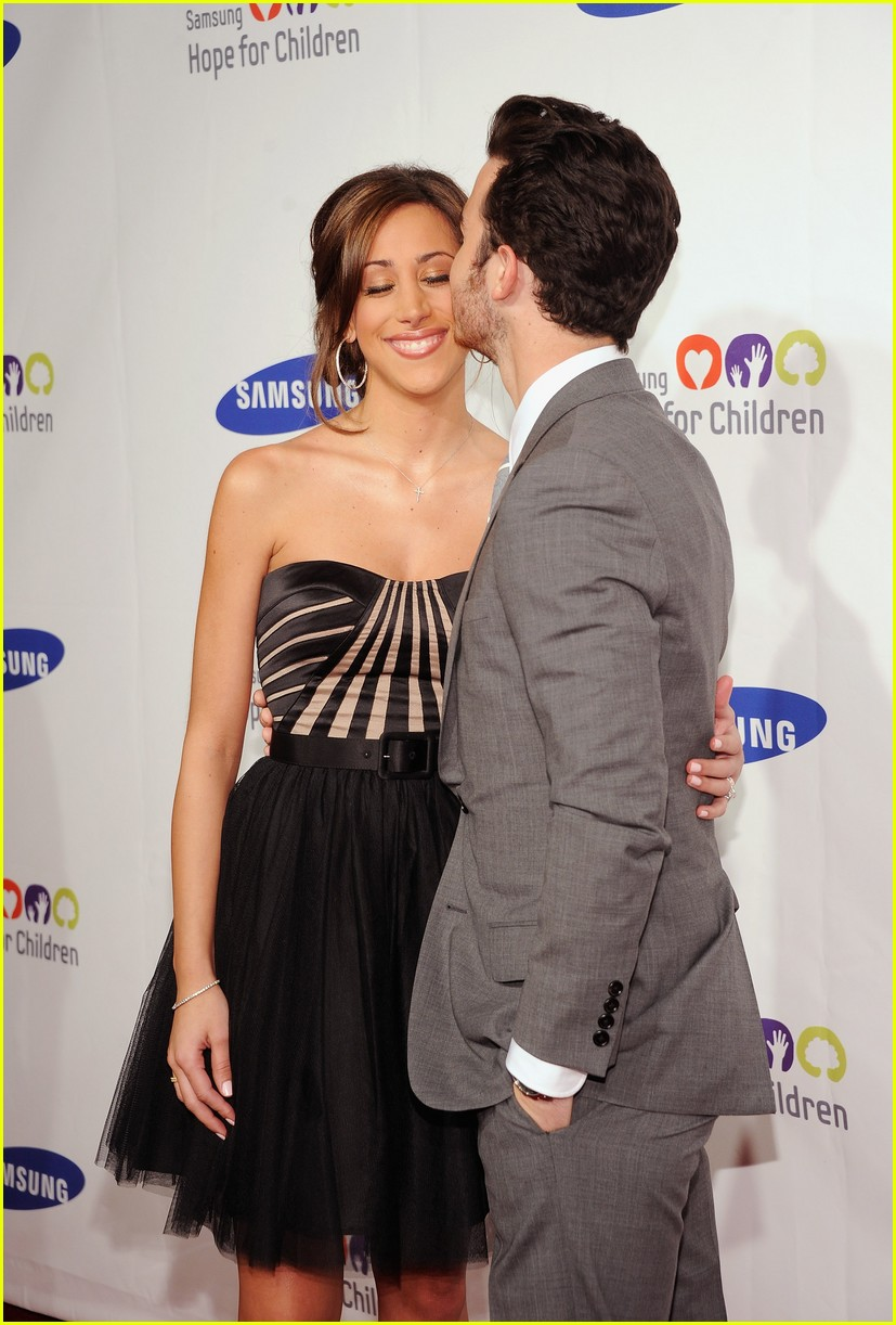 kevin danielle jonas childrens gala 03