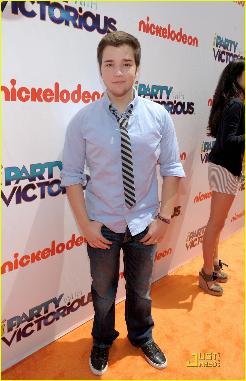 nathan kress iparty victorious 02