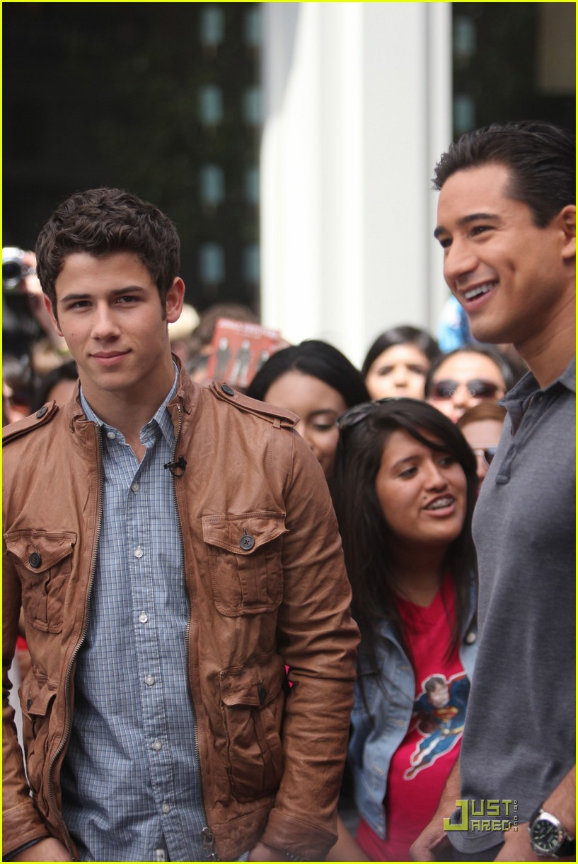 nick jonas grove guy 20