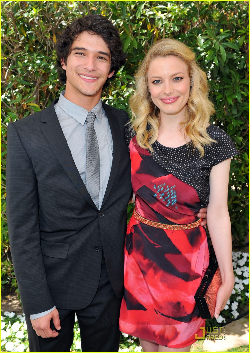 tyler posey critics choice awards 02