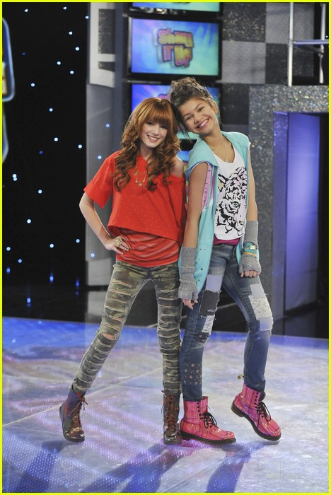 zendaya model it up 10