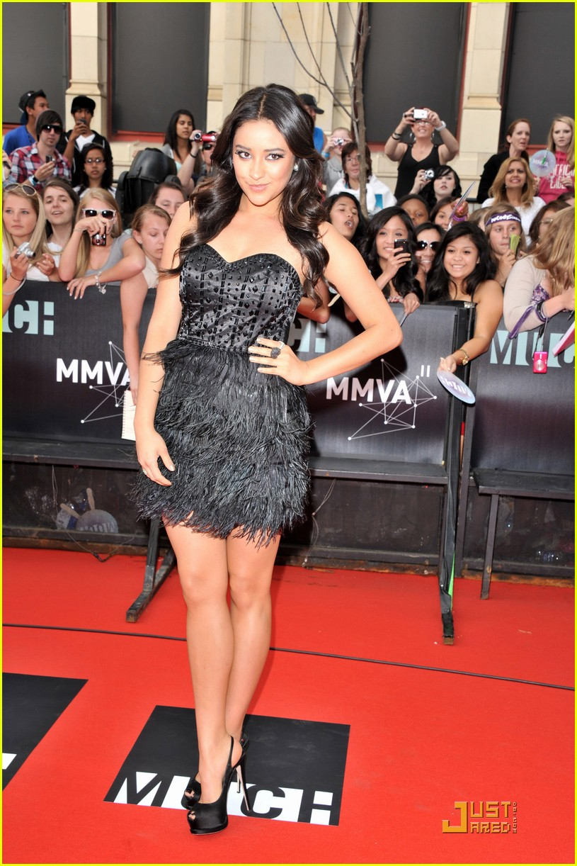 shay mitchell mmva awards 02