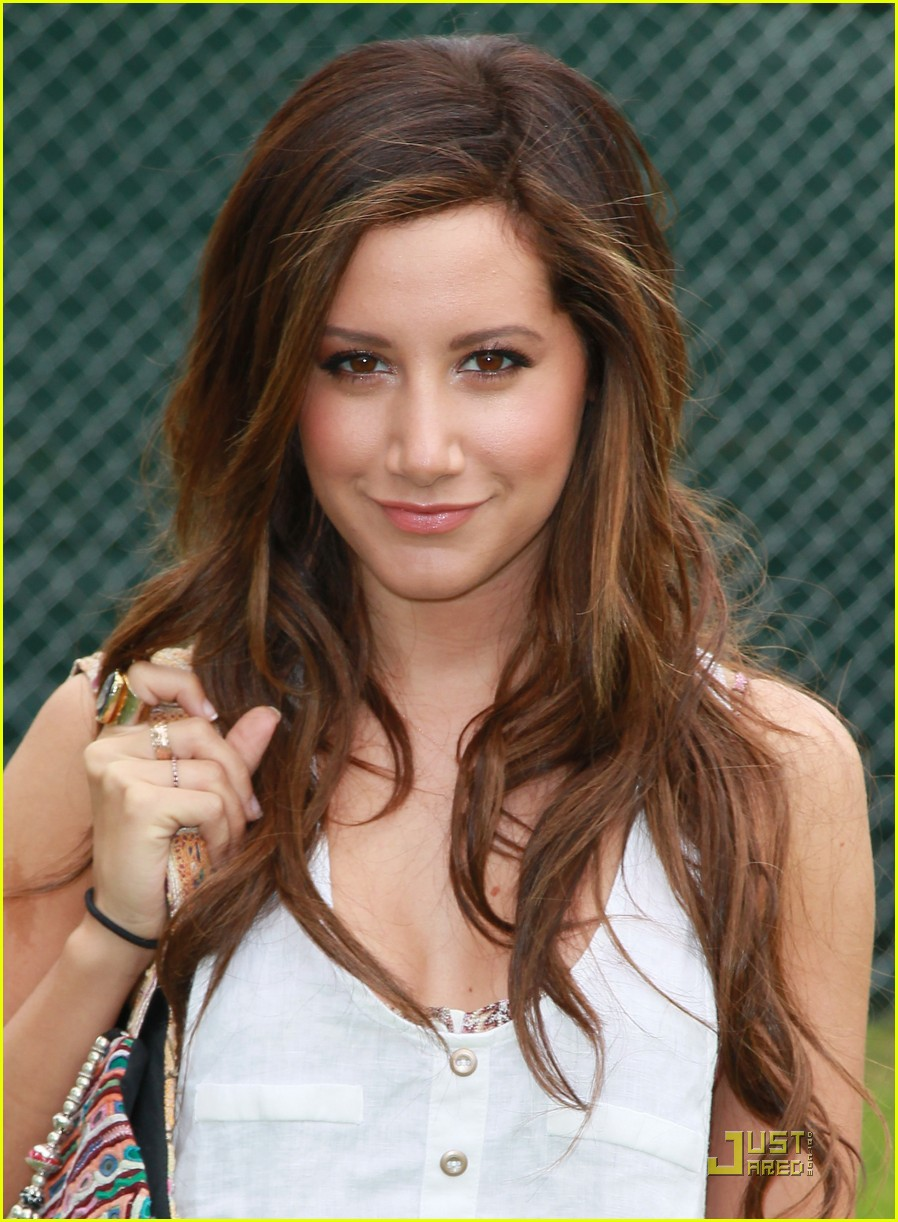 ashley tisdale alexa vega time heroes 02