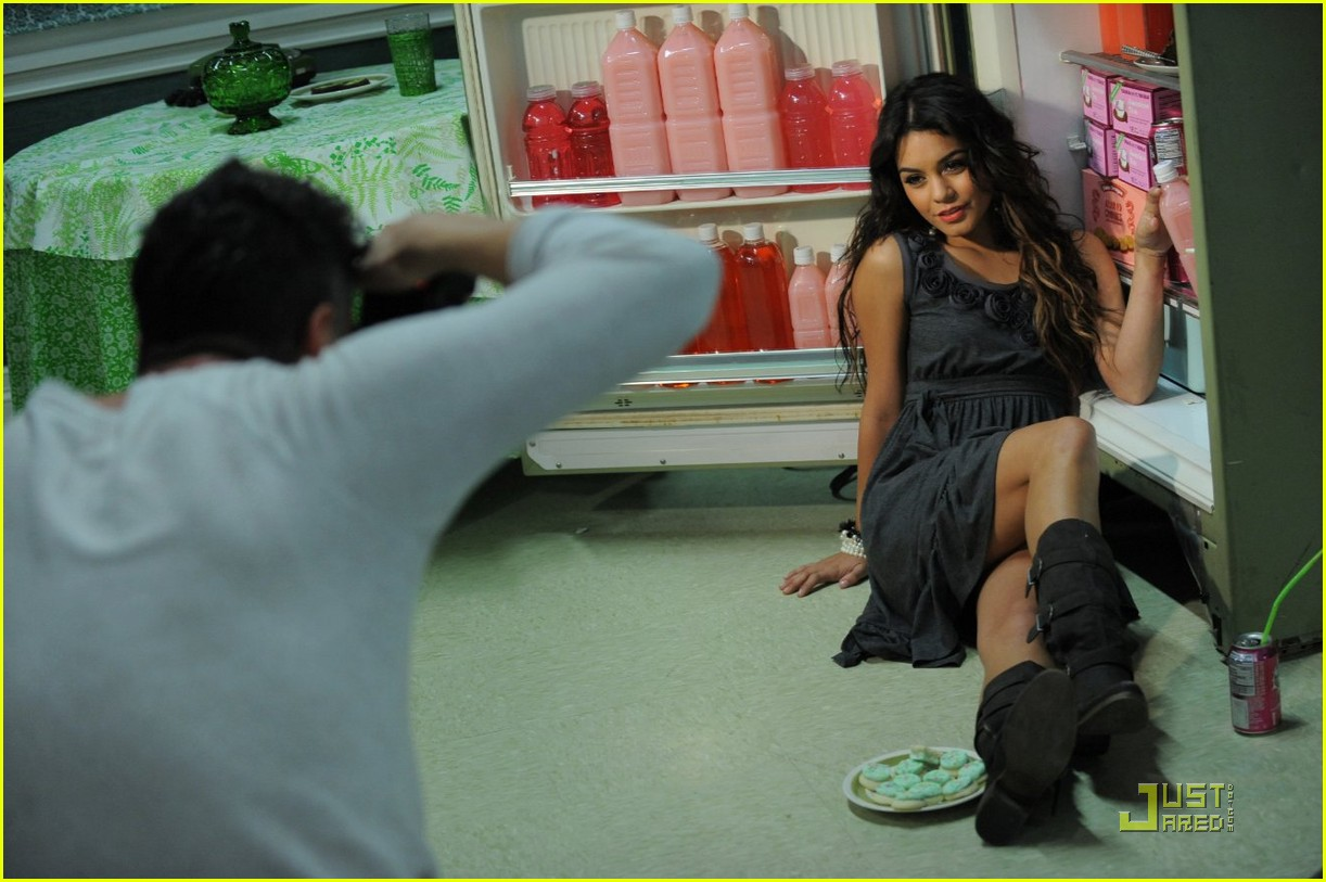 vanessa hudgens outtakes candies 04