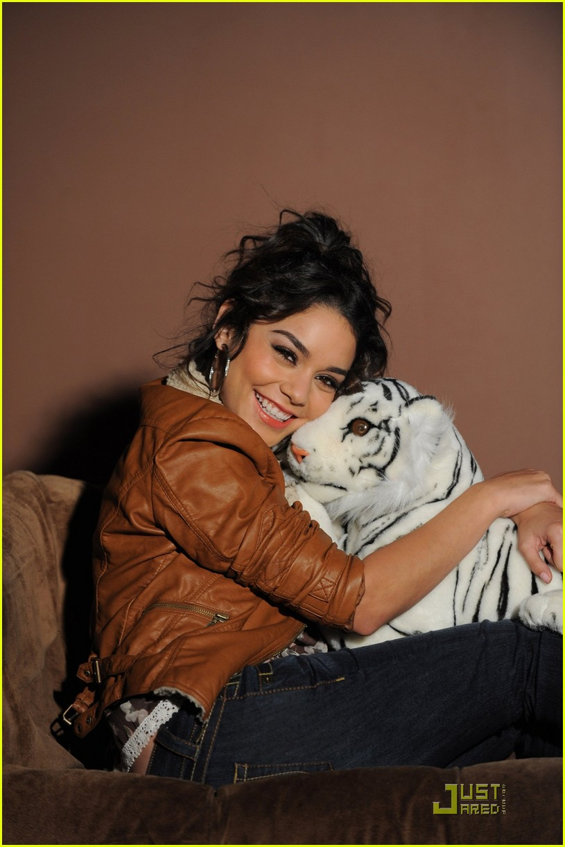 vanessa hudgens outtakes candies 05