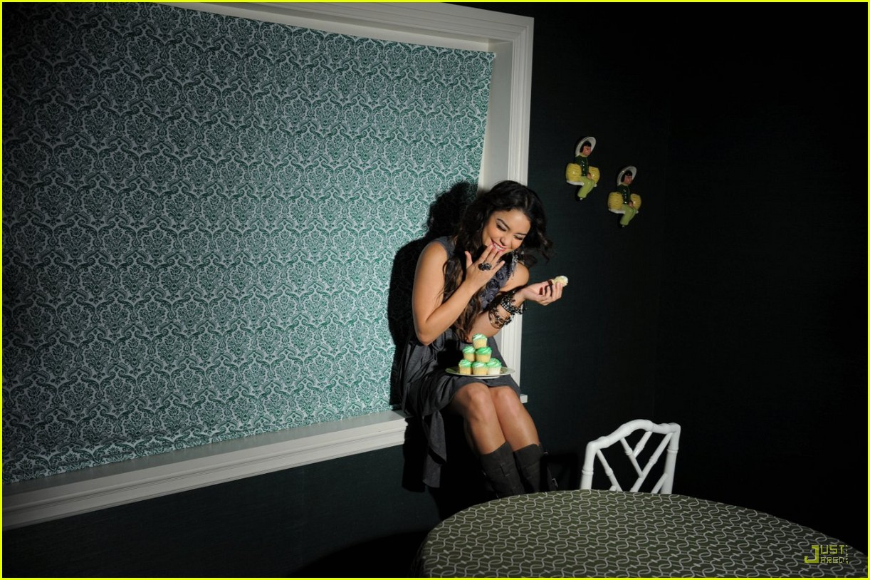 vanessa hudgens candies outtakes 03