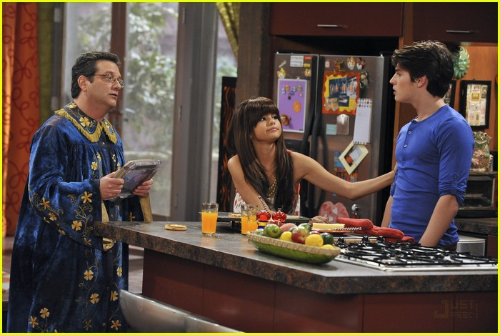 Wizards of waverly place bikini episode