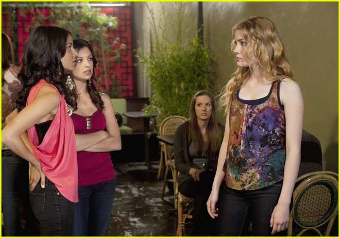 skyler samuels girls night 01