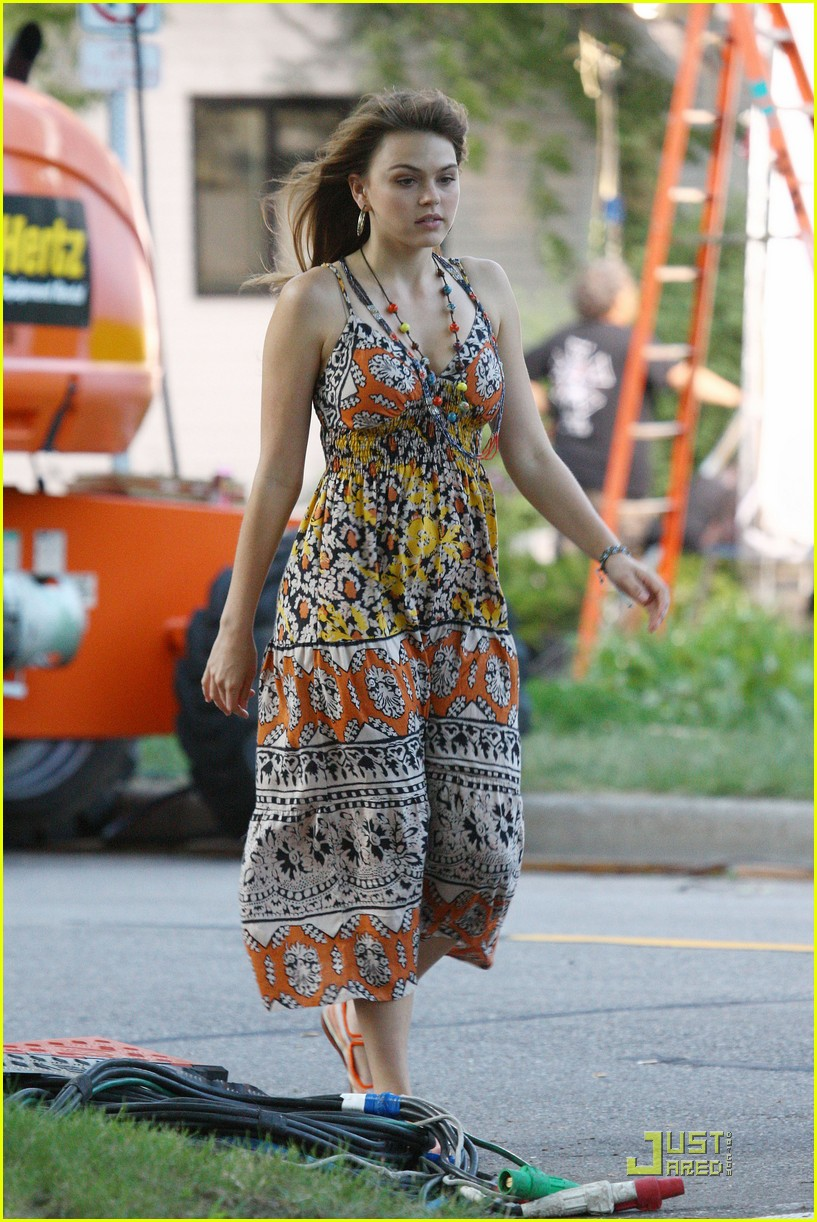 aimee teegarden awol set 03