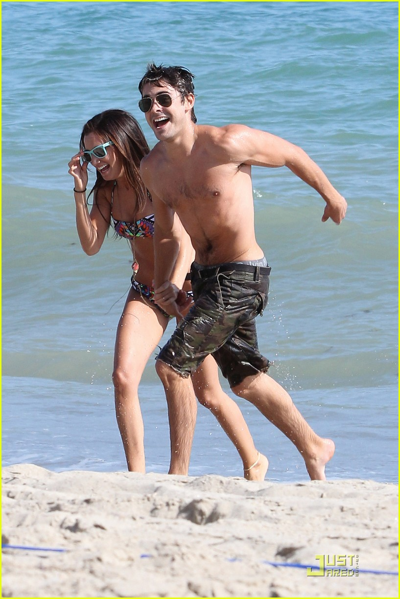 zac efron shirtless piggyback ride for ashley tisdale 03