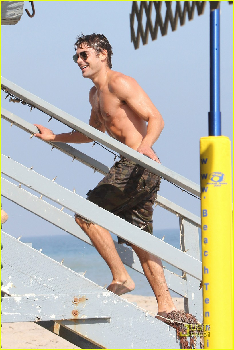 zac efron shirtless piggyback ride for ashley tisdale 28