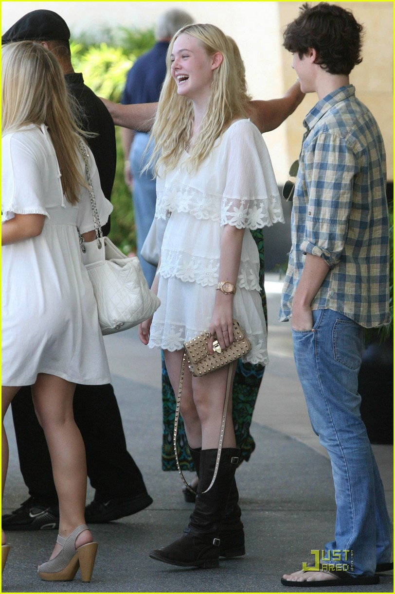 elle fanning twixt first pic 08