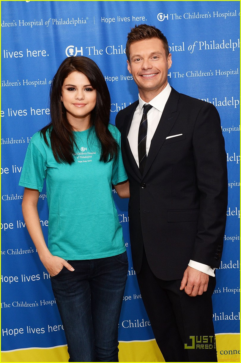 selena gomez launches the voice at childrens hospital 01