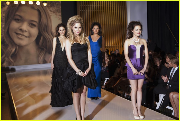 pretty liars fashion show 07