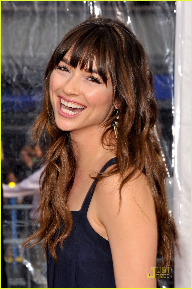 crystal reed csl premiere 02