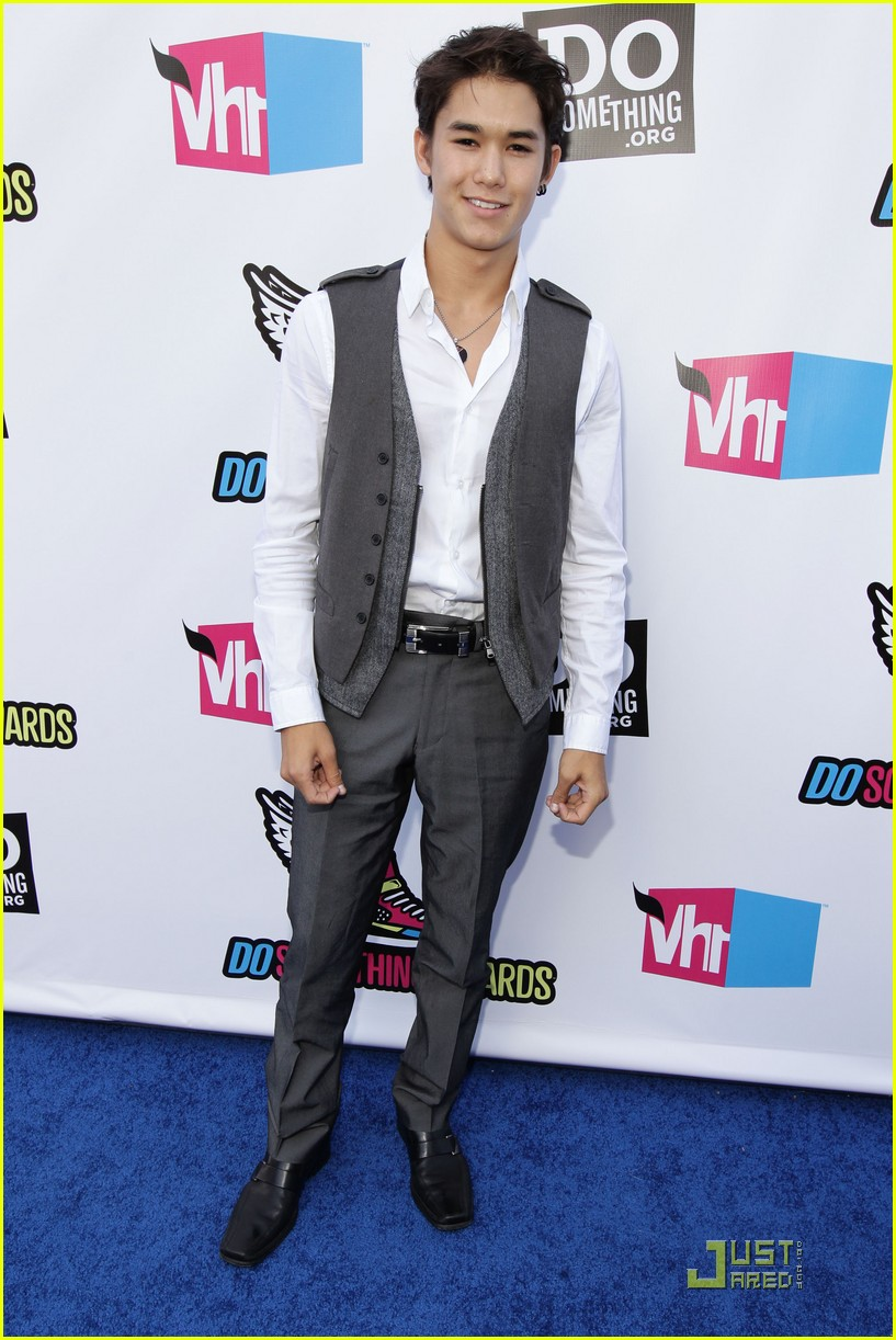 booboo stewart do something awards06