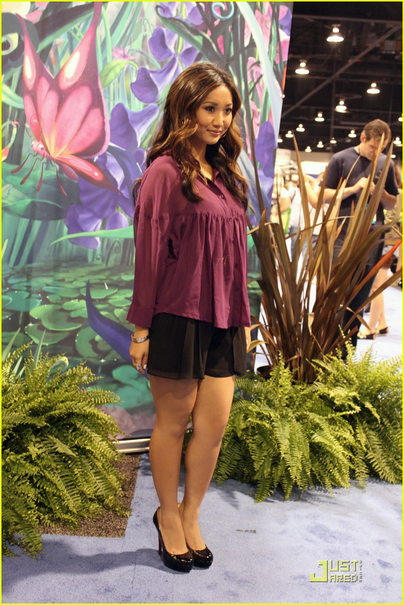 brenda song jjj d23 01