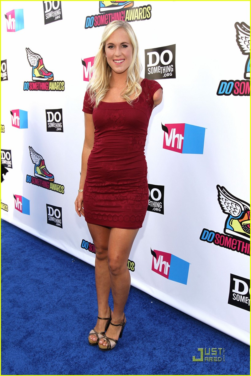 brittany snow bethany hamilton ds awards 16