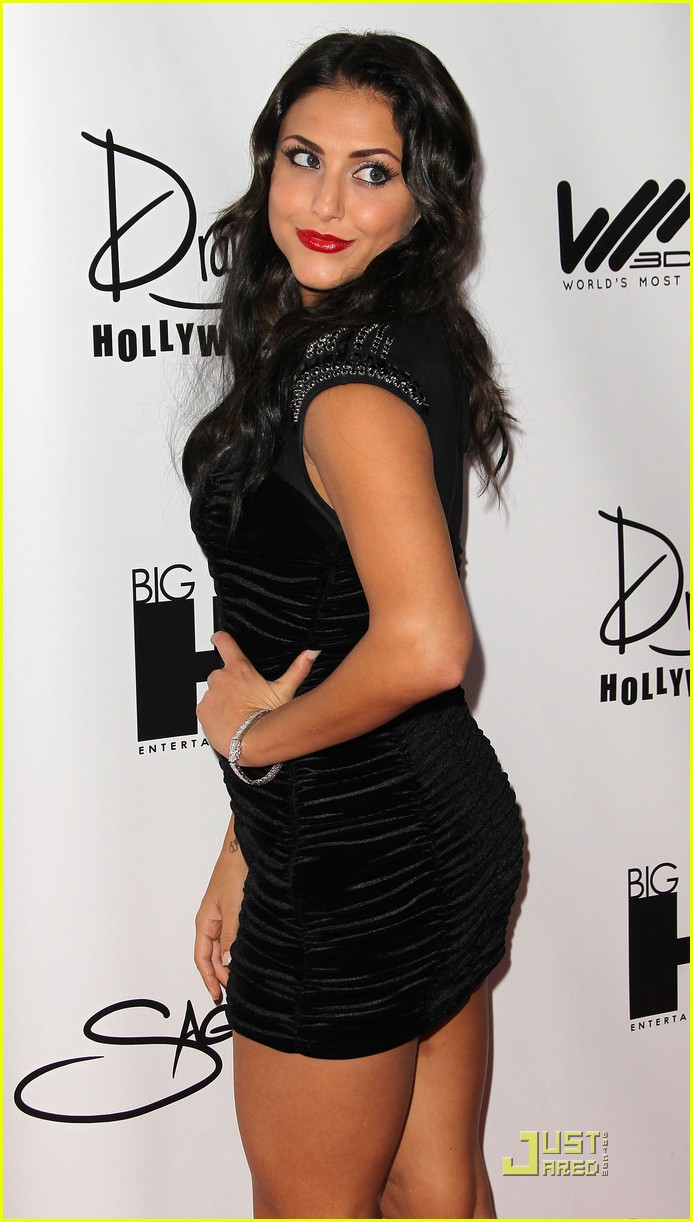 cassie scerbo yrb mag party 03